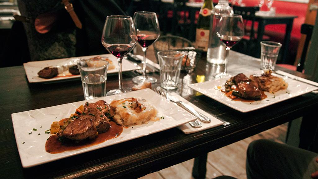 blog-agathe-duchesne-gastronomie-lyon-agatwe-bistrot-gustave-table-vin