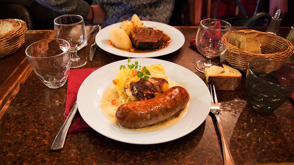 blog-agathe-duchesne-gastronomie-lyon-agatwe-bouchon-amphitryon-andouillette