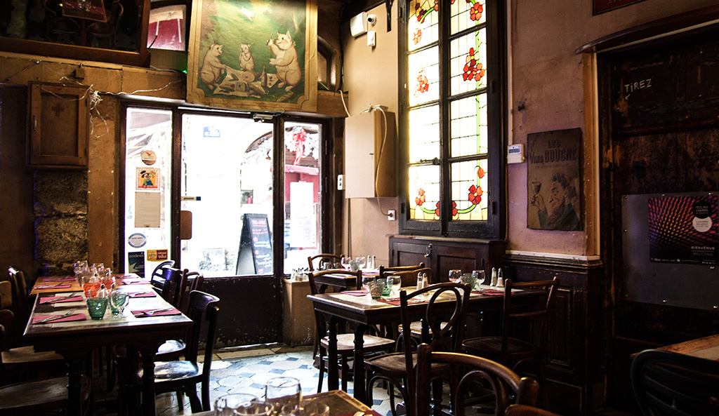 blog-agathe-duchesne-gastronomie-lyon-agatwe-bouchon-amphitryon-interieur