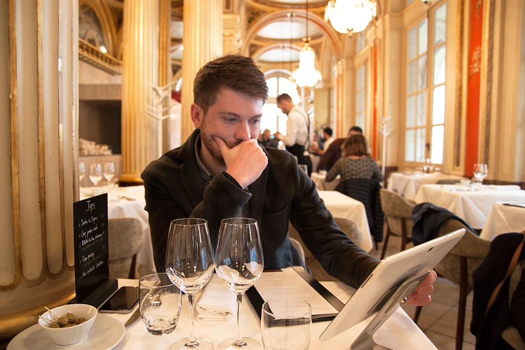quatrieme-mur-etchebest-restaurant-blog-agathe-duchesne-bordeaux-carte-vins