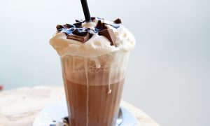 Tthe-ou-cafe-coffee-shop-poitiers-agathe-duchesne-blog-milkshake