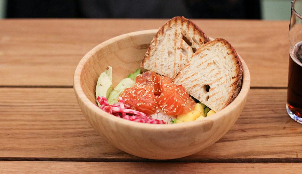 avec-restaurant-rennes-bar-agathe-duchesne-poke-bowl