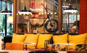 avec-restaurant-rennes-bar-agathe-duchesne-vintage