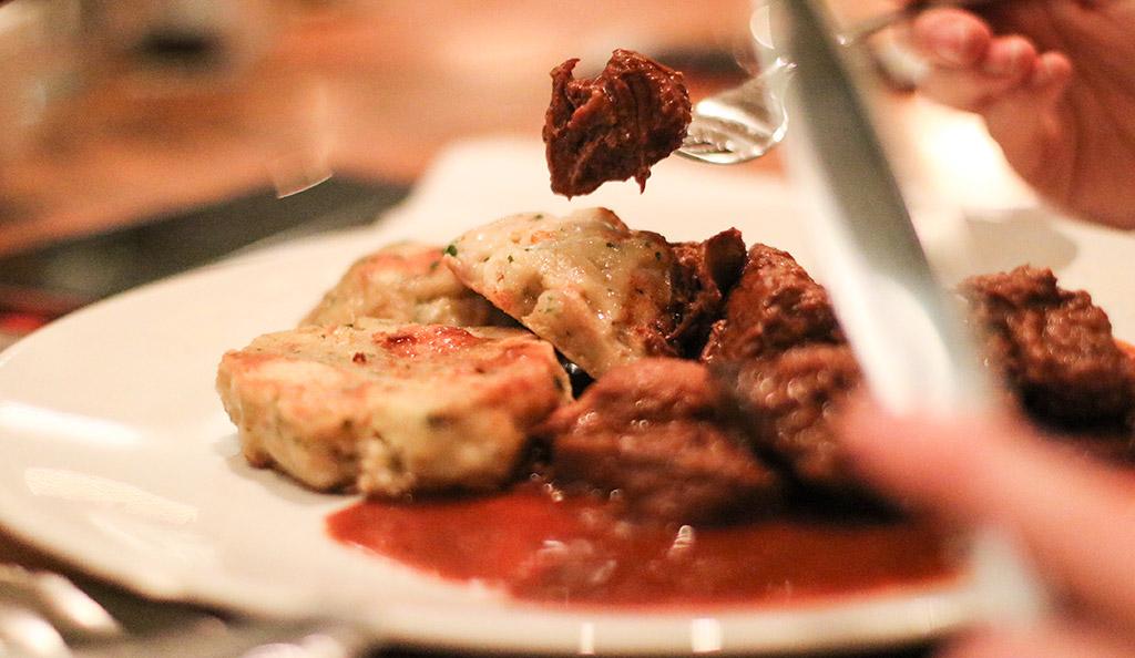 bonnes-adresses-manger-budapest-agathe-duchesne-getto-stew