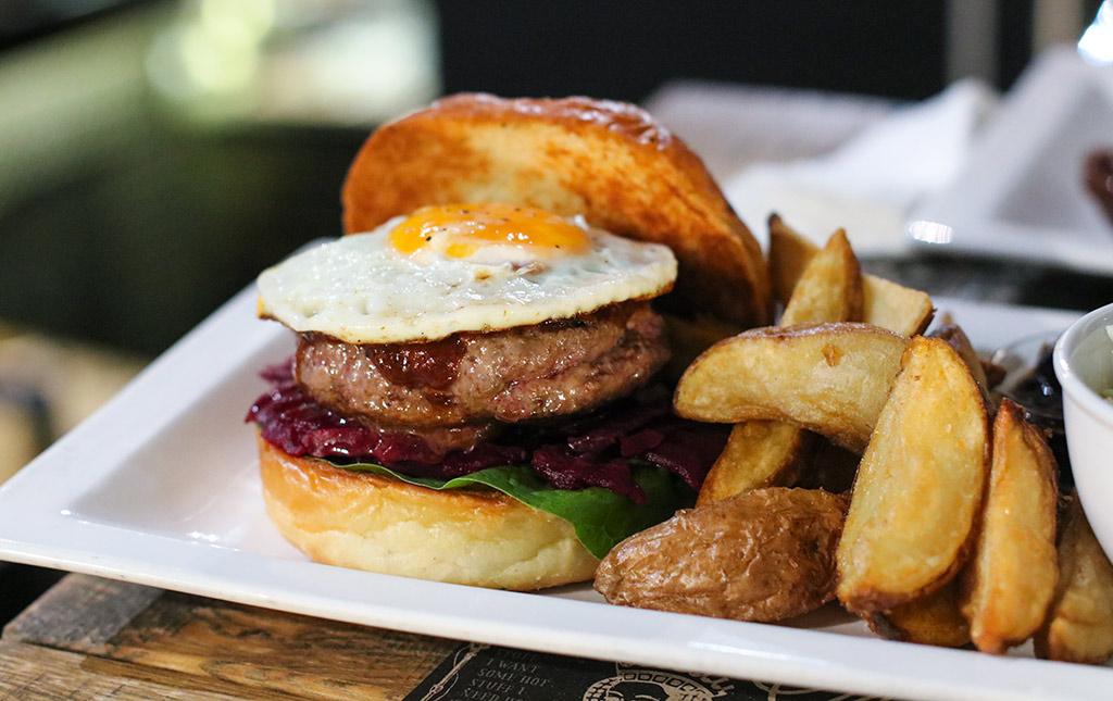bonnes-adresses-manger-budapest-agathe-duchesne-hamburger-tuning