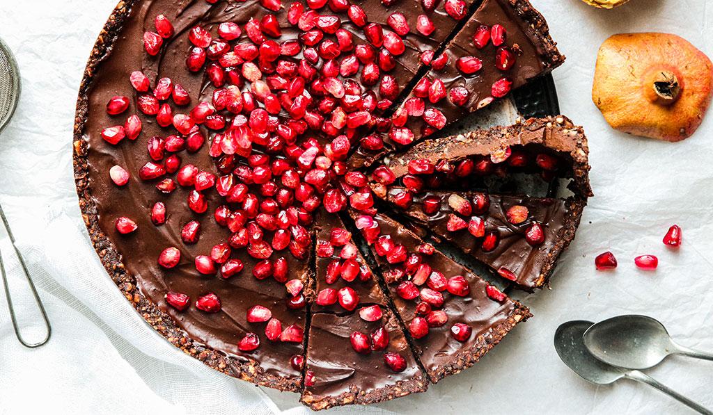 tarte-chocolat-grenade-cru-sans-cuisson-sans-gluten-agathe-duchesne