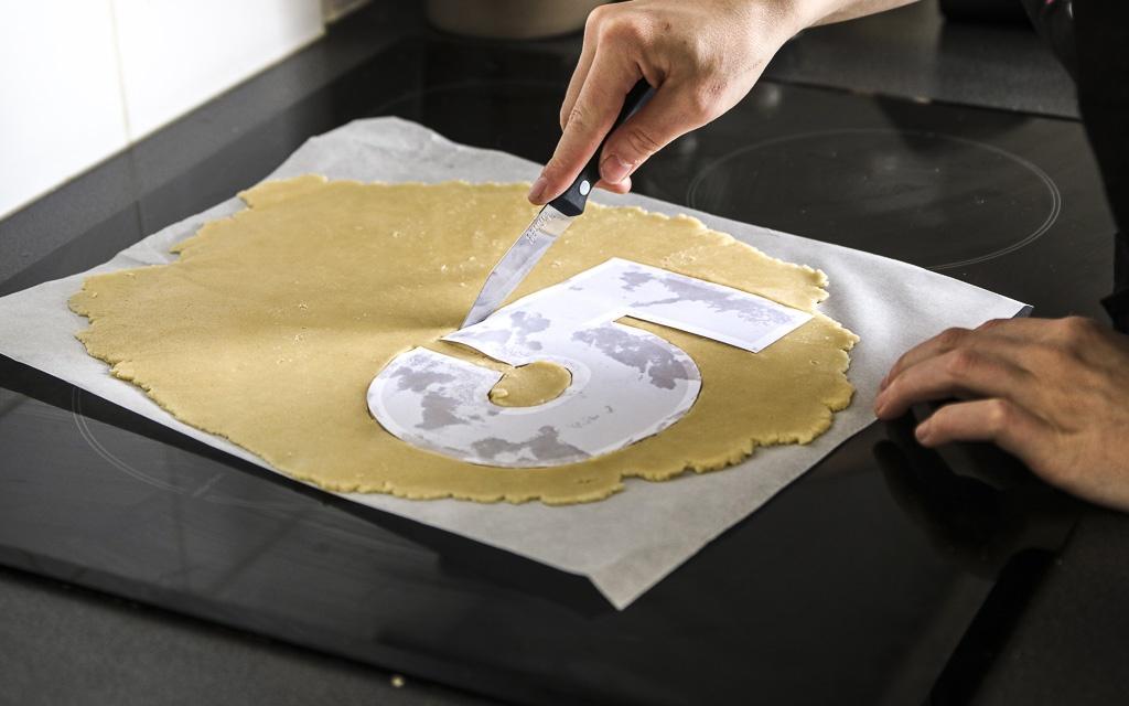 number-cake-letter-cake-agathe-duchesne-blog-recette-nombre-decoupe