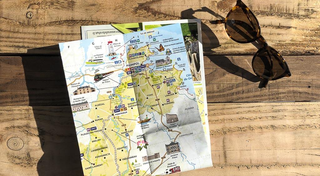 promenade-visiter-paimpol-marche-carte-office-tourisme