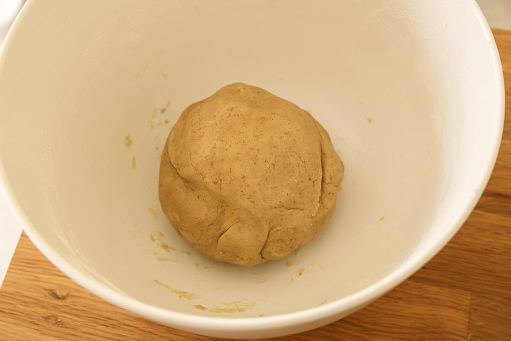 boule-pate-sablee-sans-gluten-tarte-rustique