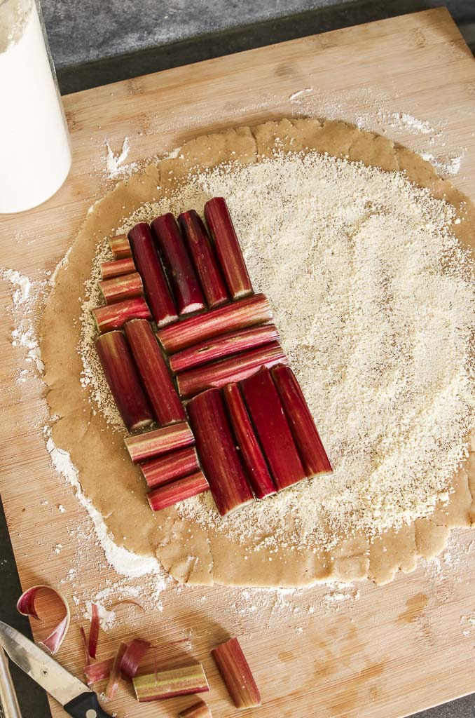 faire-tarte-rhubarbe-sans-gluten-agathe-duchesne-recette