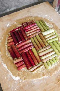 recette-tarte-rhubarbe-geometrique-amande-sans-gluten